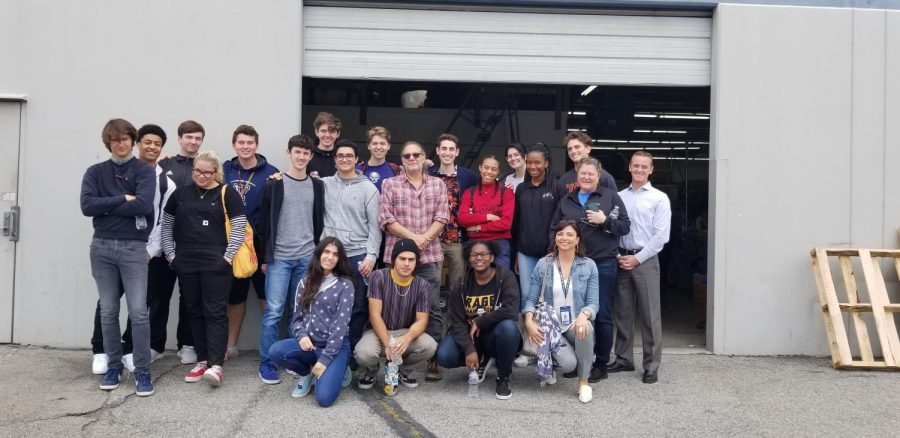 Viewpoint+students+with+Mr.+Nicotero+outside+the+studio.+Photo+courtesy+of+Ms.+Hoenig.+